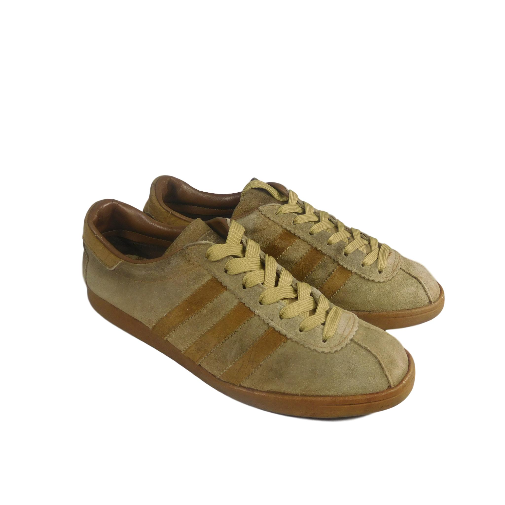 competitive price huge selection of outlet store adidas Tobacco - Made in France